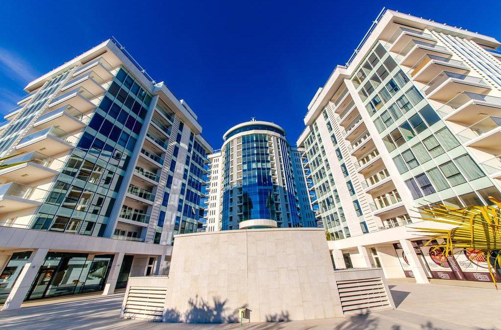 AV Holiday — отдых в Черногории, отель Tre Canne и индивидуальные туры